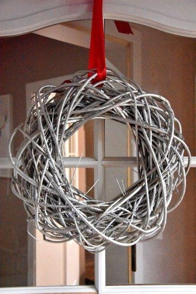 Wianek dekoracyjny - srebrny 40cm | boze-narodzenie, koszyki-kosze-wianki |