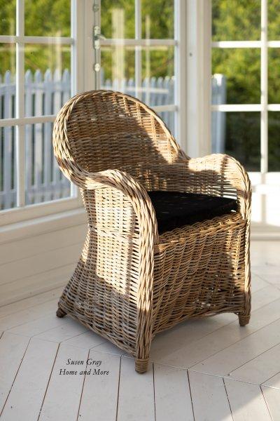 Fotel rattanowy z poduszką   stoly-stoliki-krzesla-fotele  