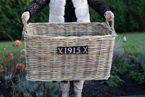 """Kosz rattanowy prostokątny """"1915"""" - na kółkach - średni   koszyki-kosze-wianki  """